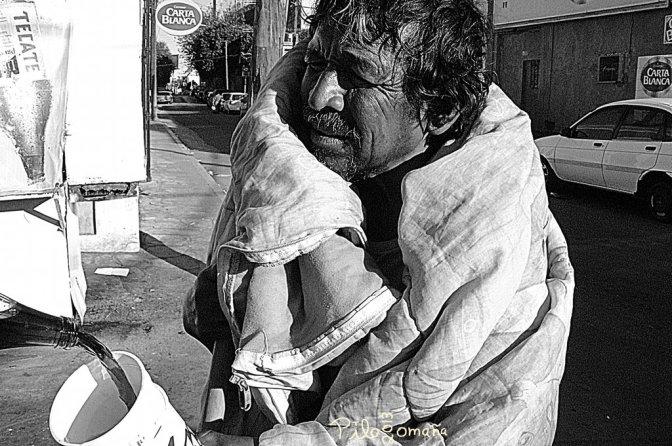 Homeless. Copyright 2006 Miguel Omaña.