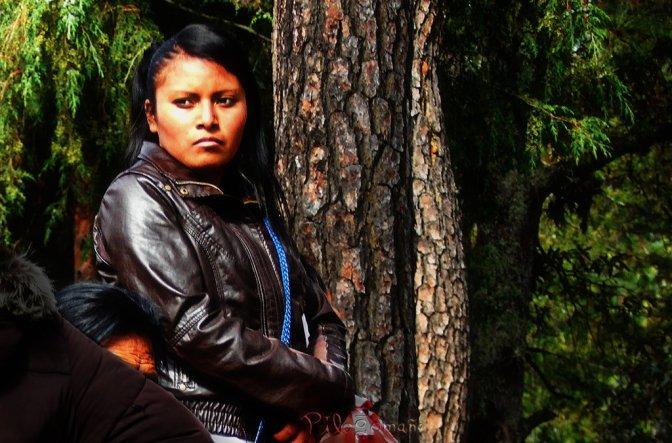Mexican native girl. Copyright 2014 Miguel Omaña.